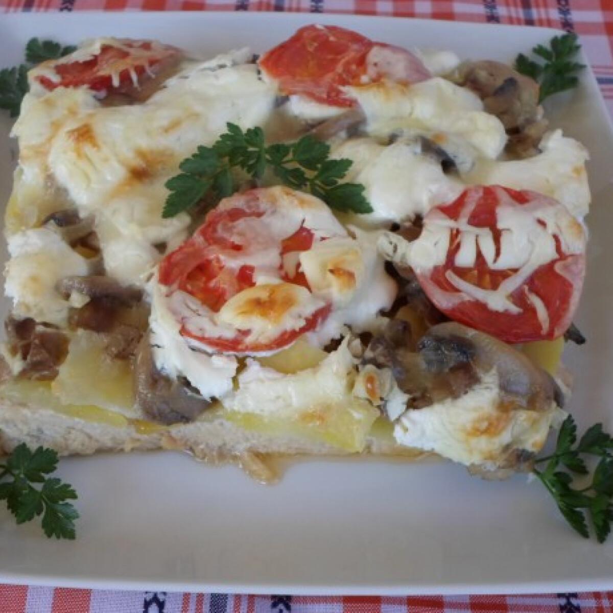 Zöldséges-sajtos rakott csirkemell