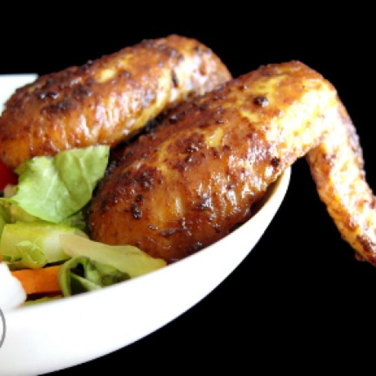 Szójás csirkeszárnyak fűszeres burgonyával