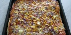 Pizza 23. - feta sajtos, lilahagymás