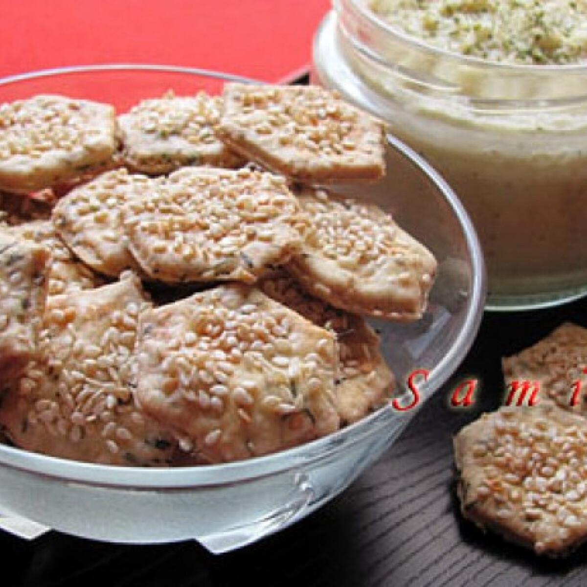 Kakukkfüves-szezámmagos keksz