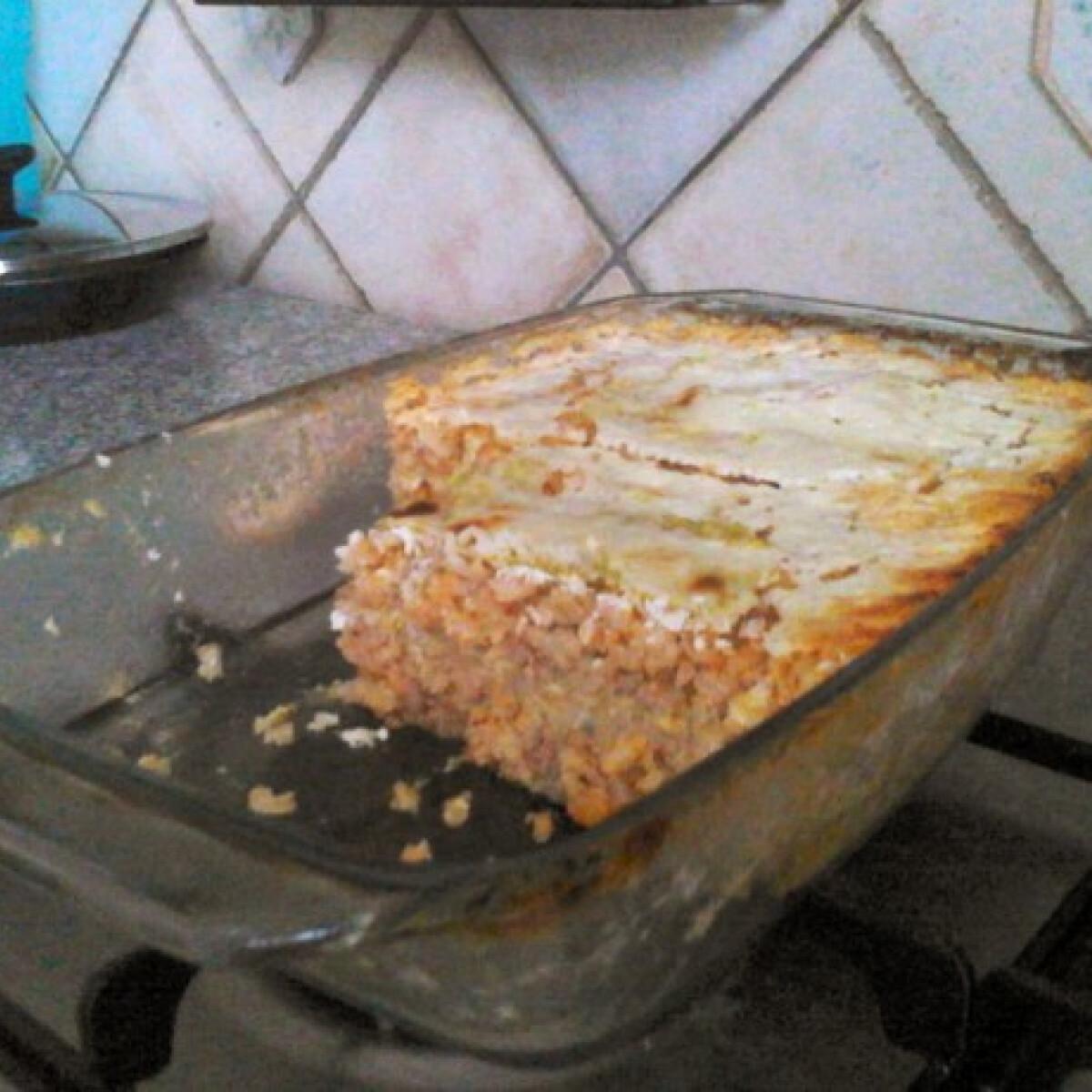 Ezen a képen: Rakott kelkáposzta mazsorett konyhájából