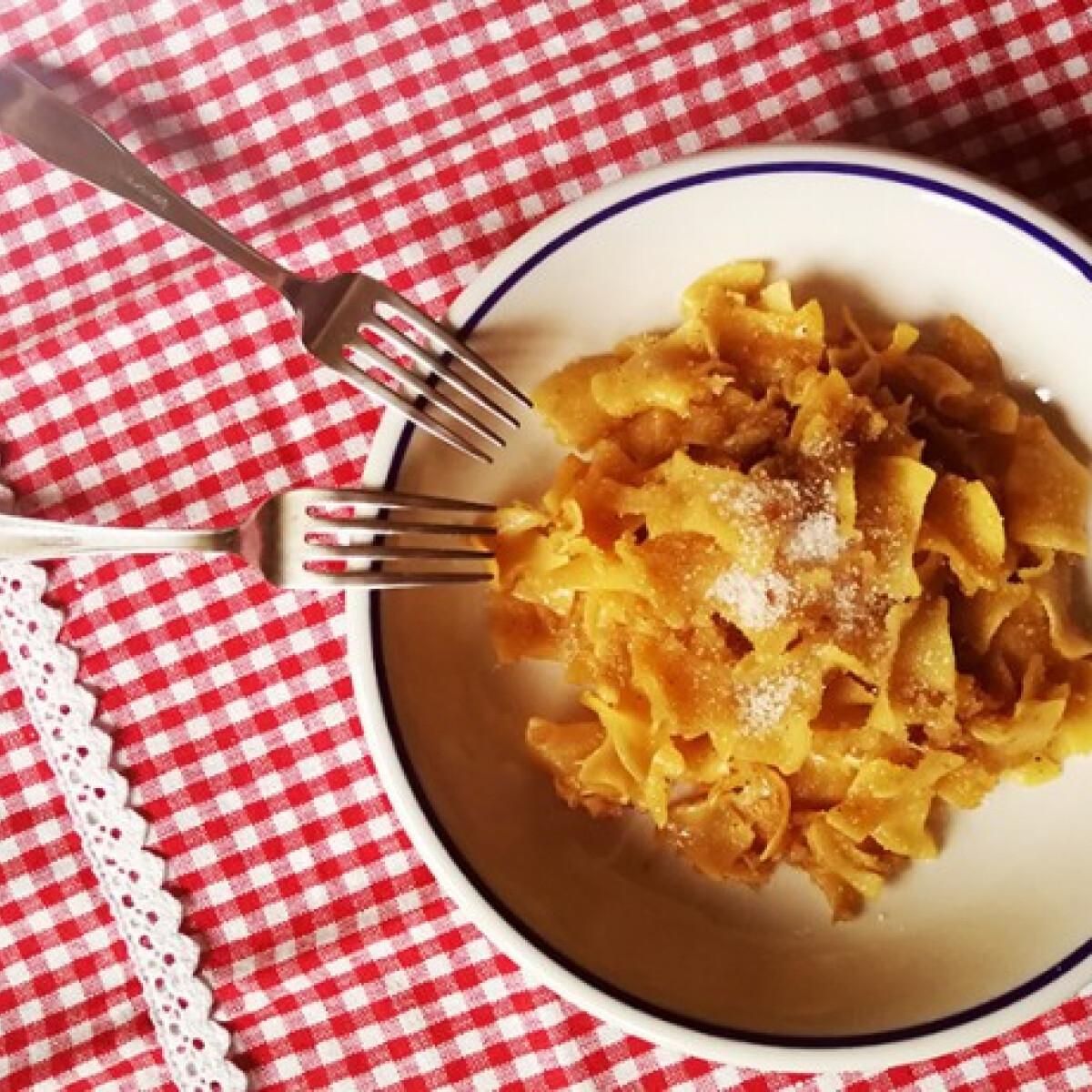 Karalábés tészta Katharosz konyhájából