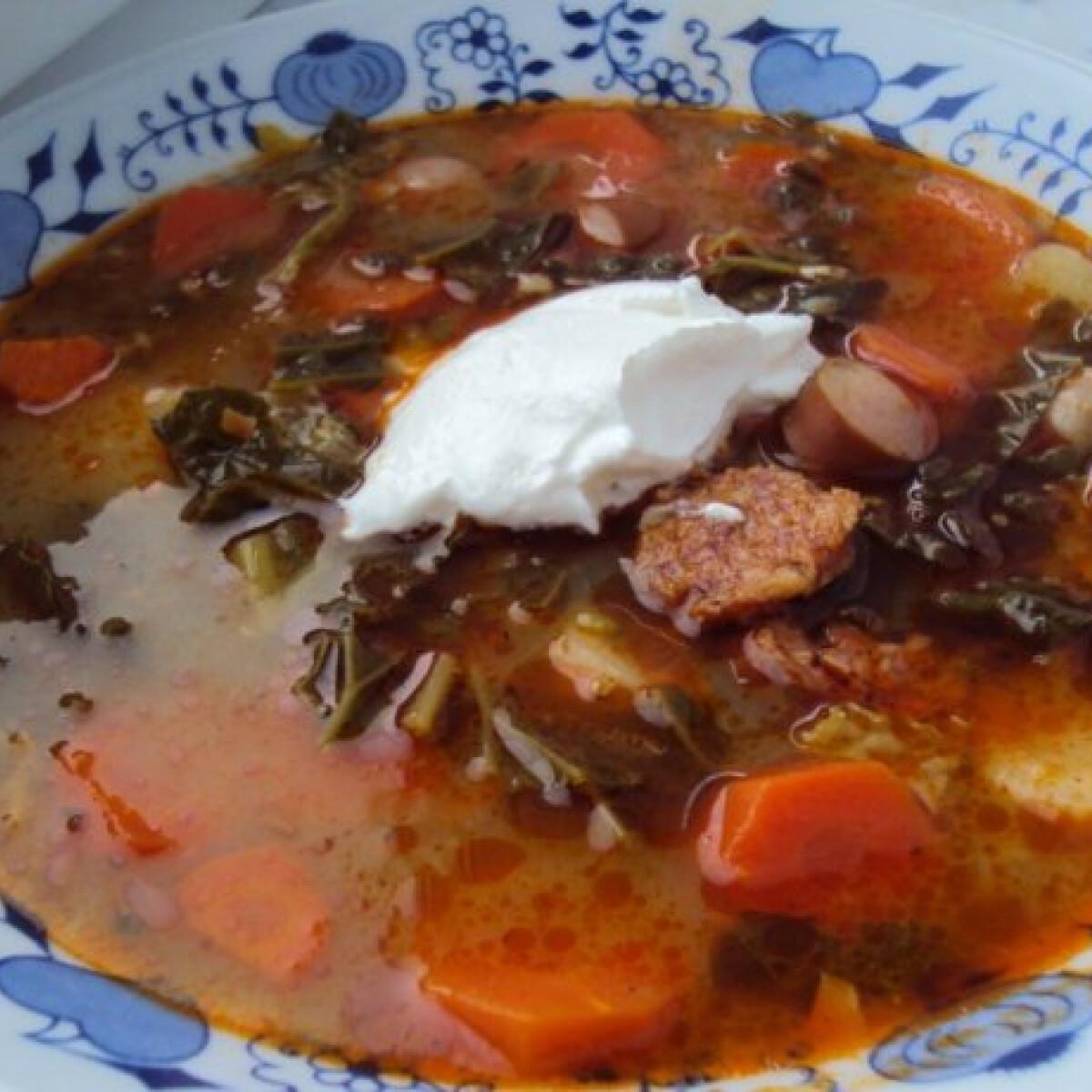 Ezen a képen: Frankfurti leves Sylvia konyhájából