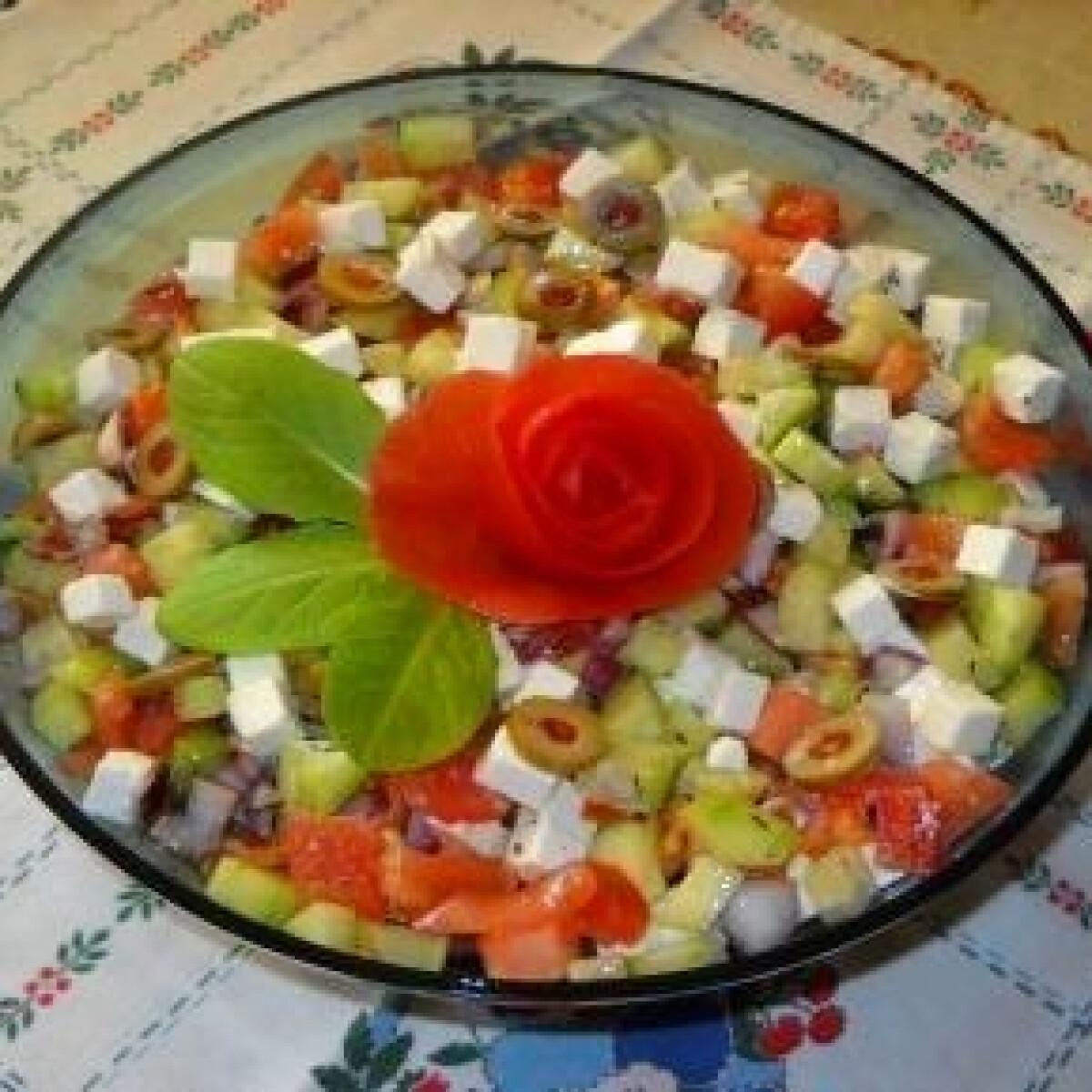 Ezen a képen: Görög saláta 4.