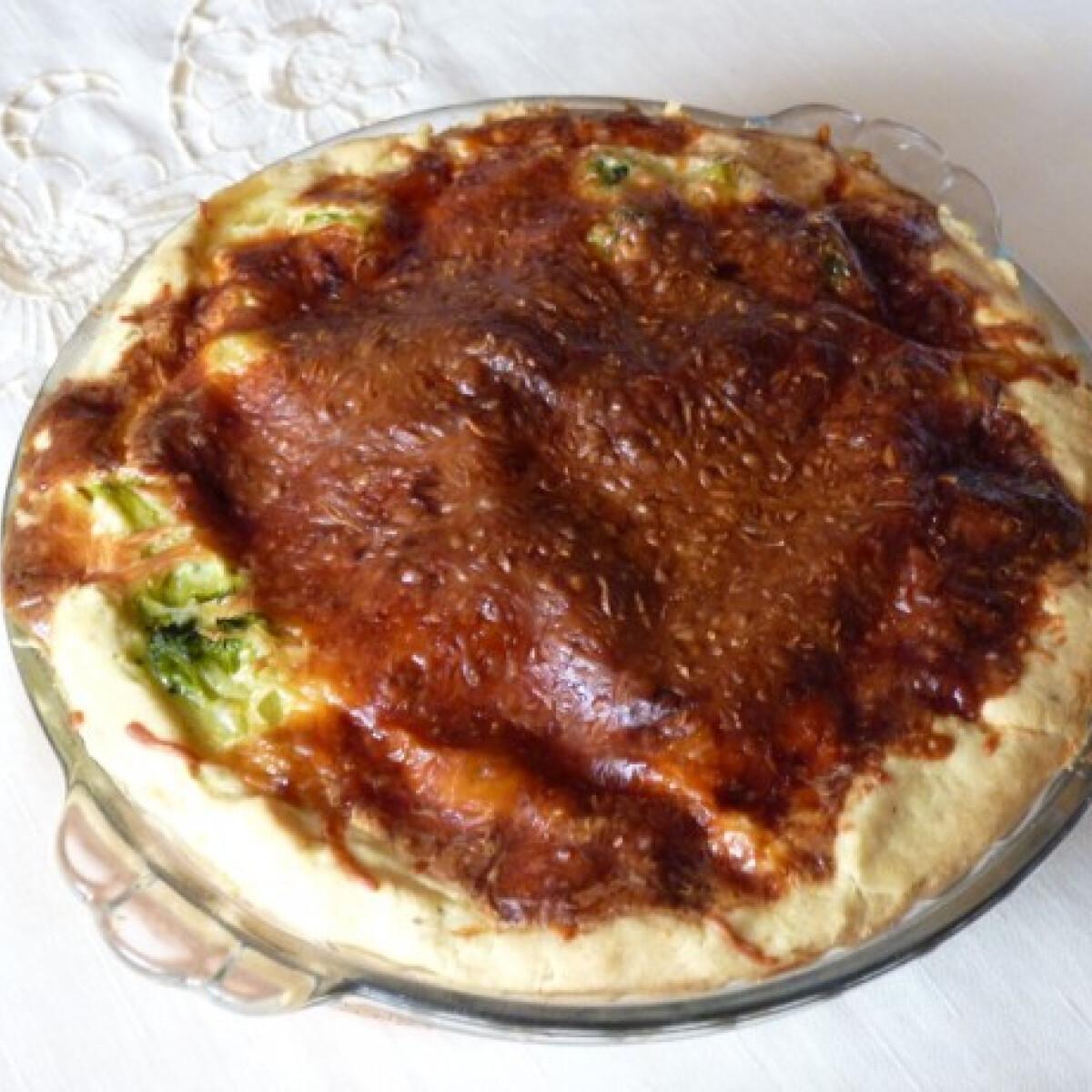 Ezen a képen: Brokkolis quiche Zsanna konyhájából