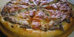 Gombás sajtkrémes pizzalepény
