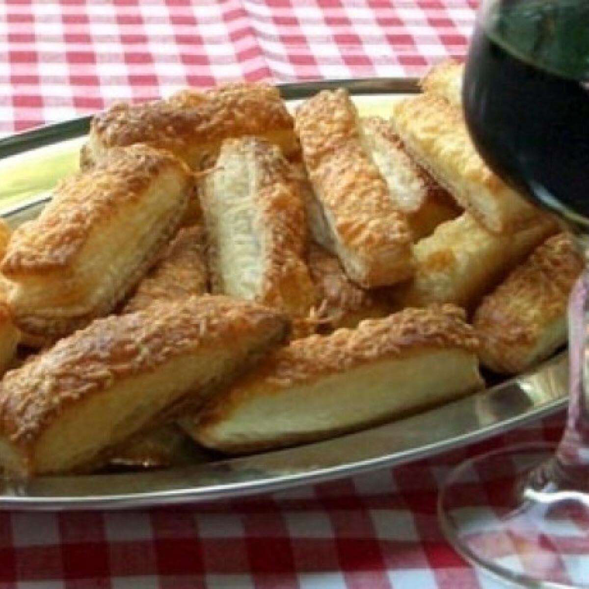 Ezen a képen: Sajtos rudak hájas tésztából