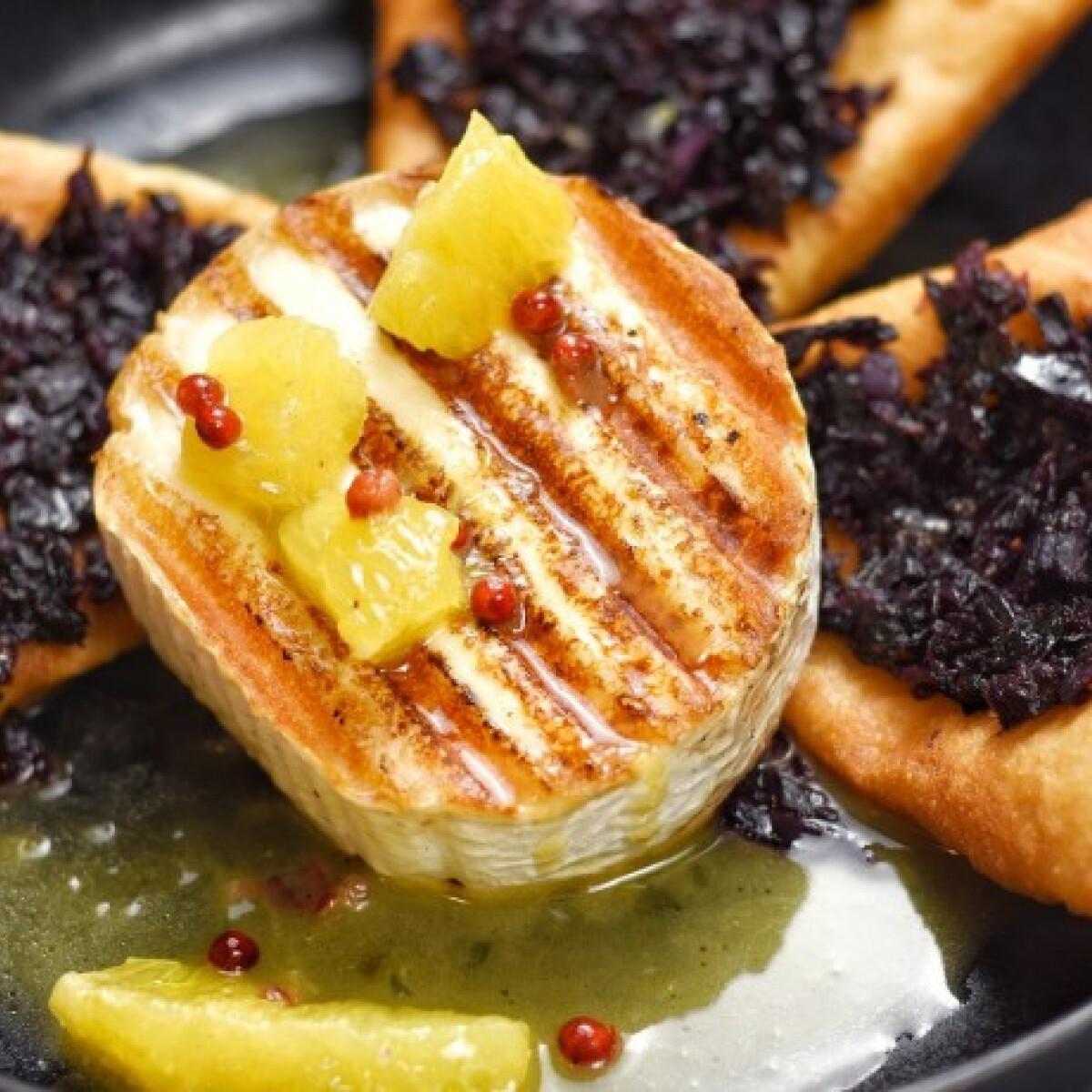 Kecskesajt steak lilakáposztás toszkán lángoskákkal és narancsmártással Eke Angélától