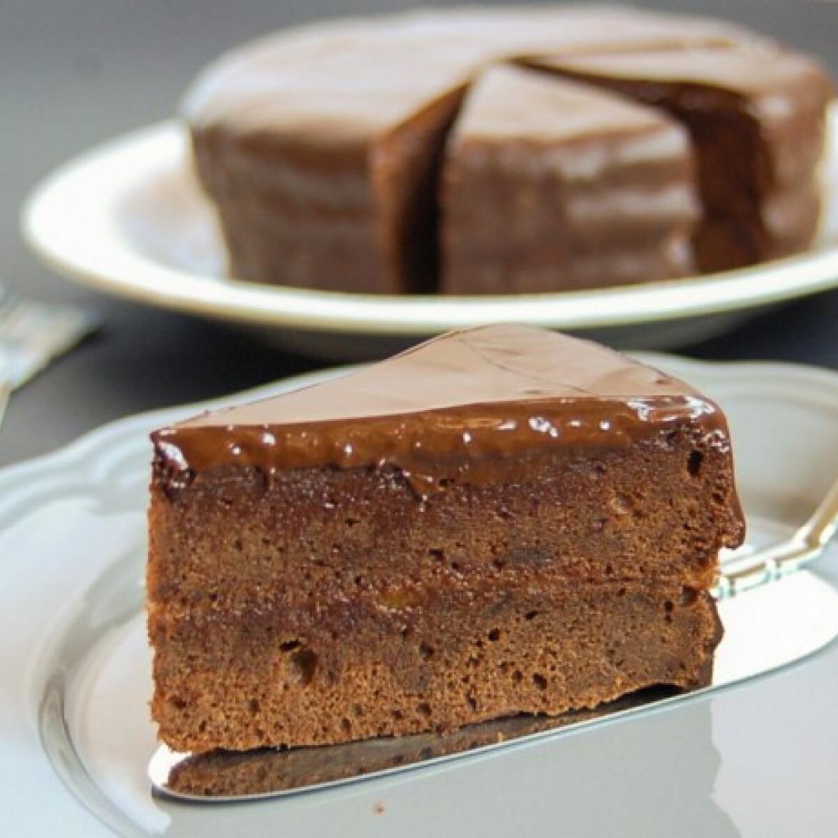 Ezen a képen: Sacher torta - az eredeti