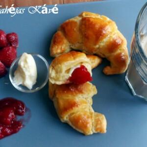Croissant Fahéjas Kávé konyhájából
