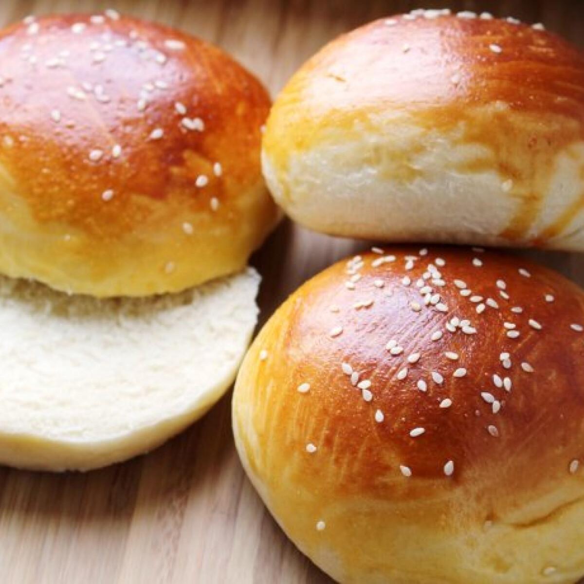 Ezen a képen: Hamburger zsemle Audrey-tól