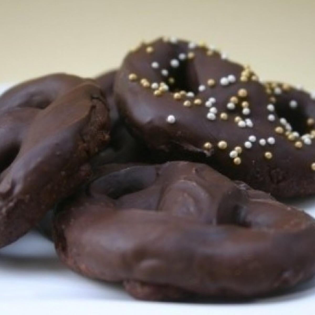 Ezen a képen: Csokis perecek