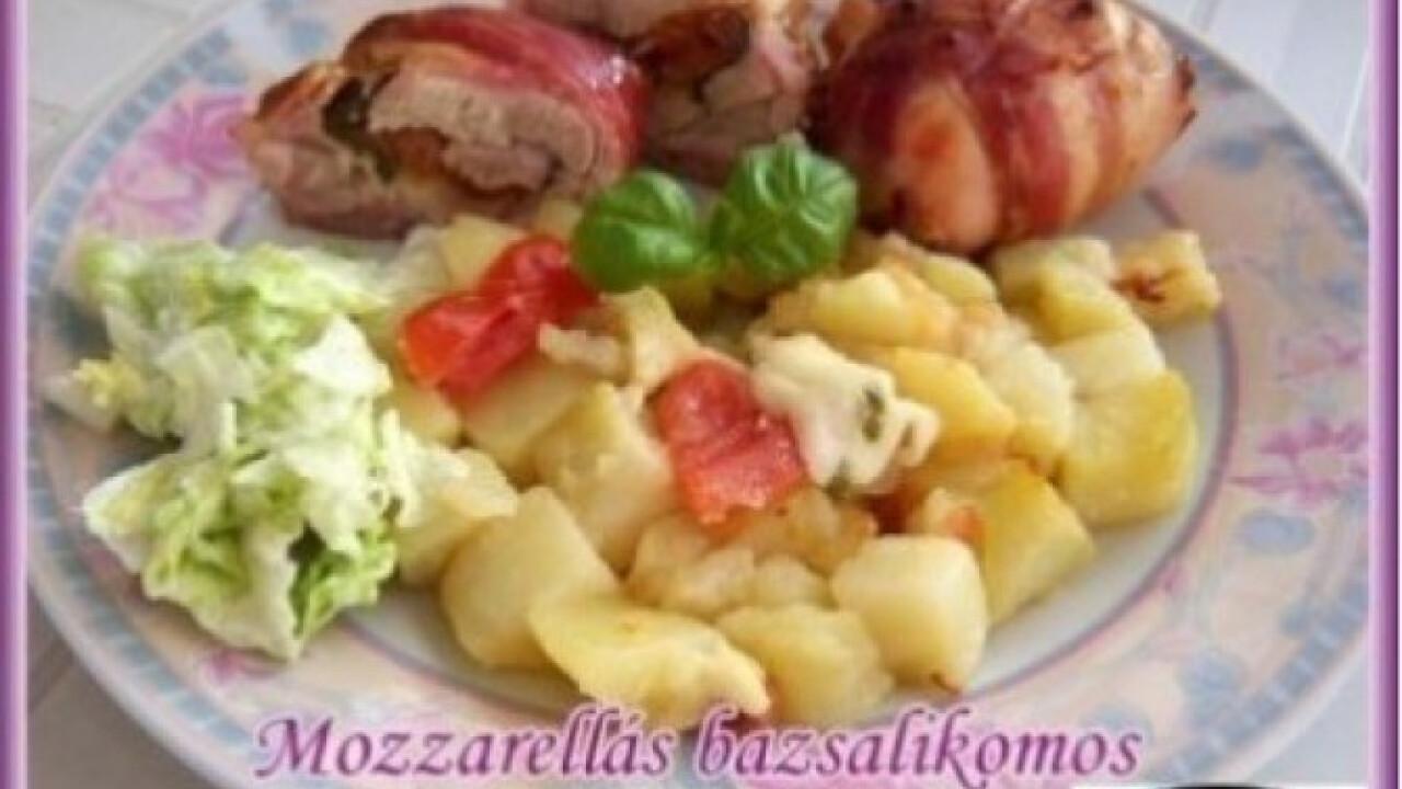 Mozzarellás-bazsalikomos csirkecomb