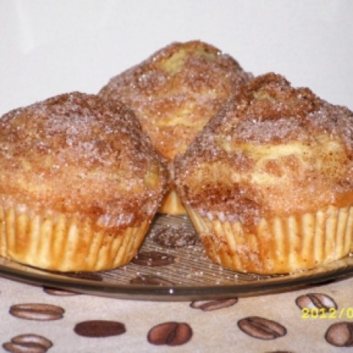 Ezen a képen: Cukros-fűszeres muffin