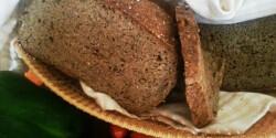 Avokádós-diós teljes kiőrlésű kenyér