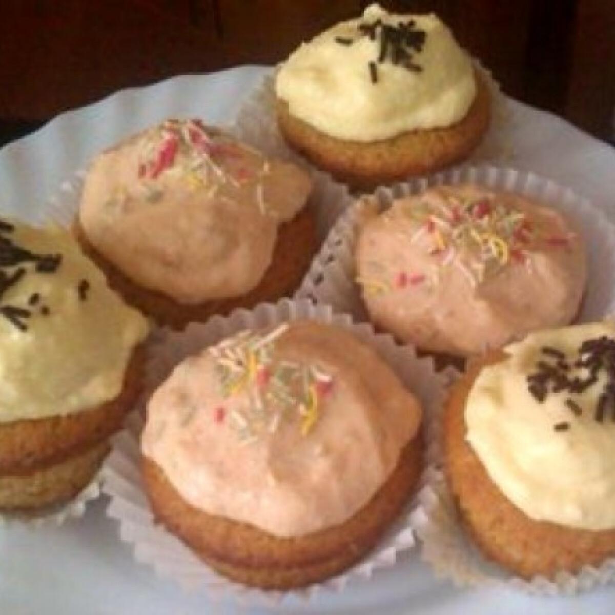 Rumos-vaníliás cupcake