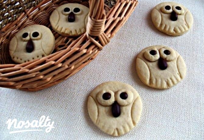 Ezen a képen: Bagolyfiókák vaníliás tésztából