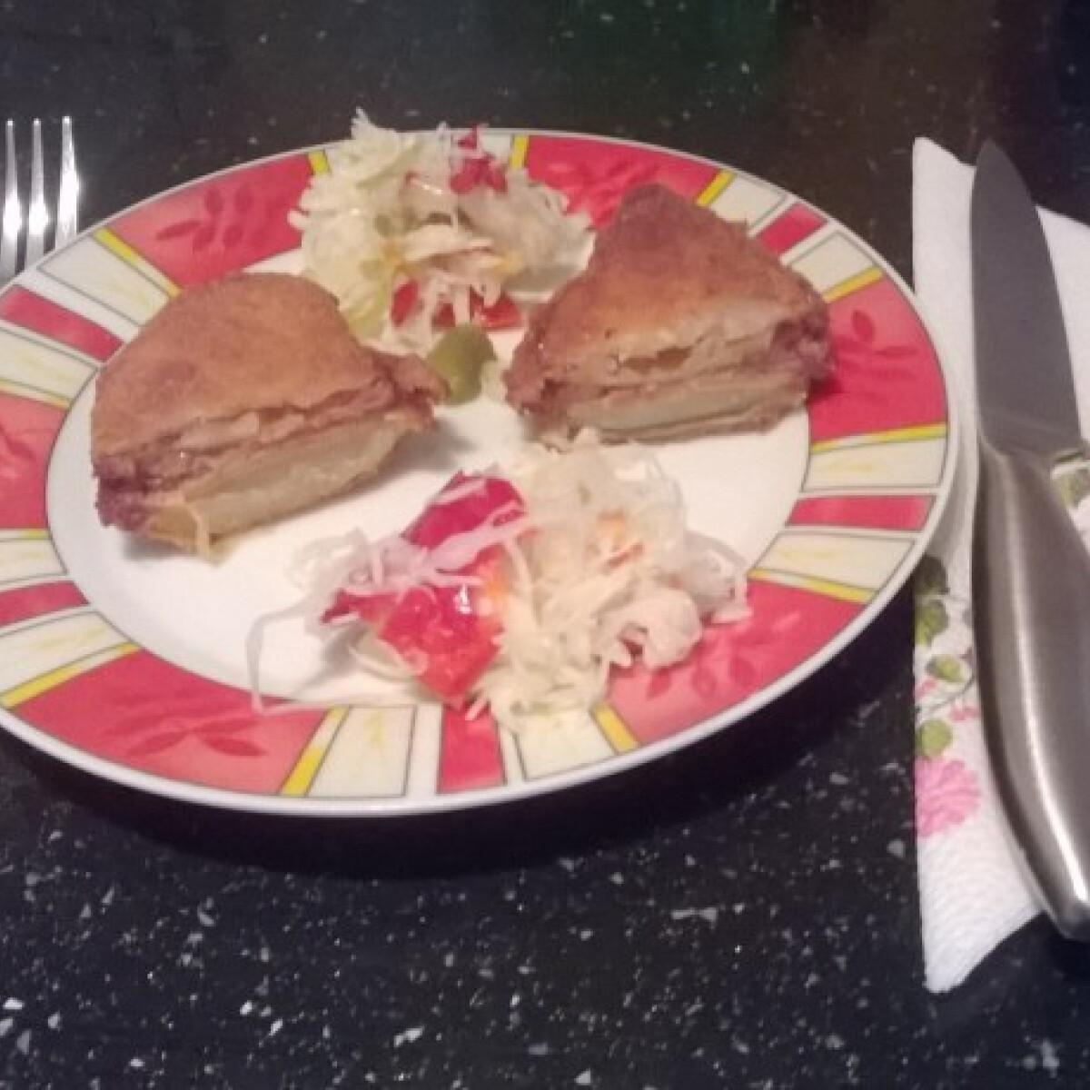 Ezen a képen: Krumpli szendvics