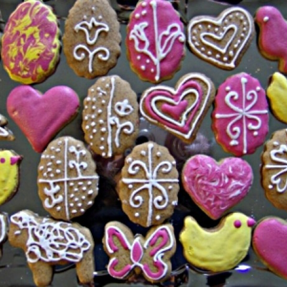 Ezen a képen: Húsvéti mézeskalács Sziszi konyhájából