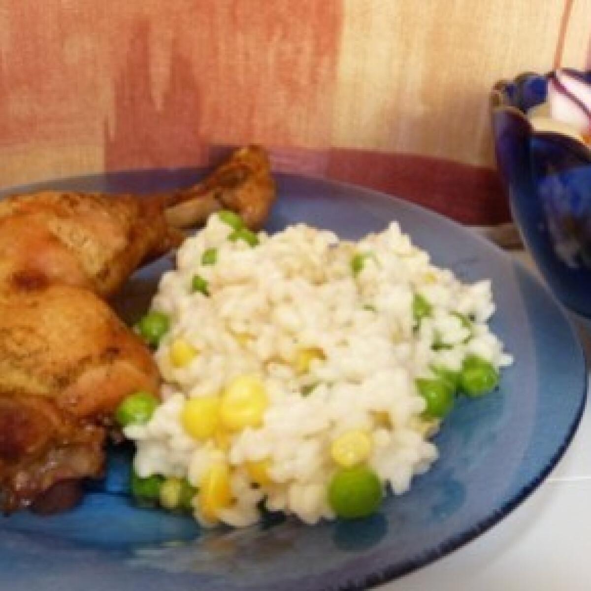 Ezen a képen: Sörben sült csirkecomb zöldséges rizzsel