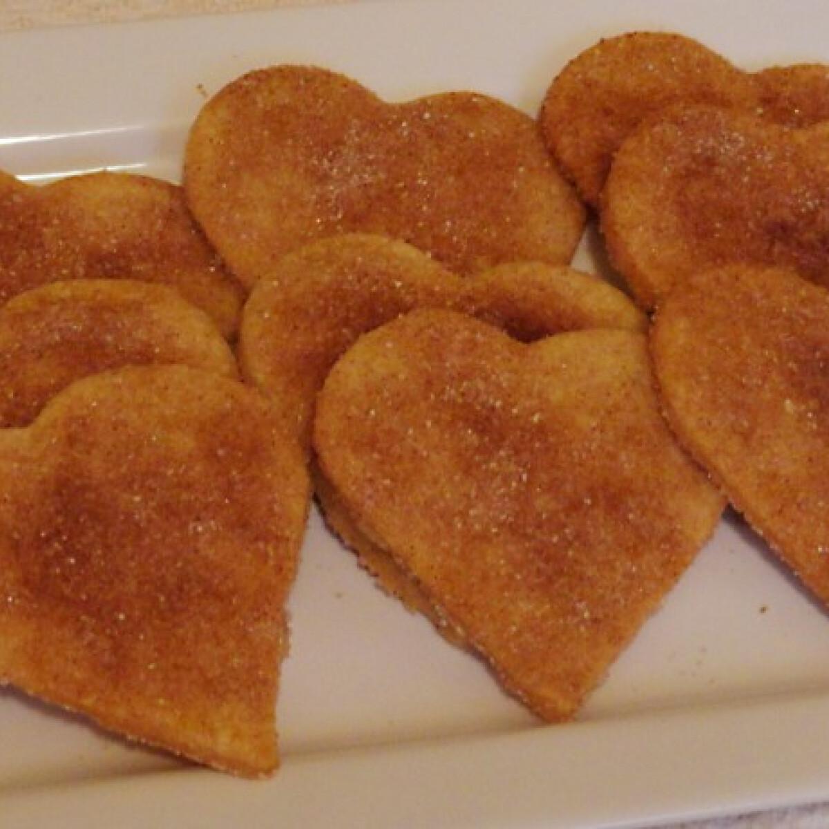Ezen a képen: Fahéjas szívek