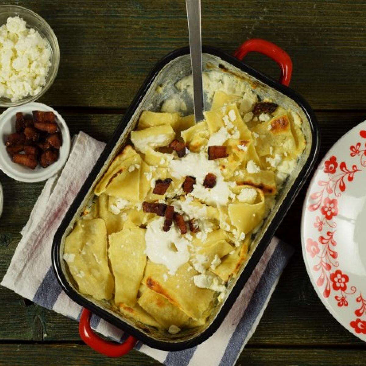 Ezen a képen: Túrós csusza házi tésztával