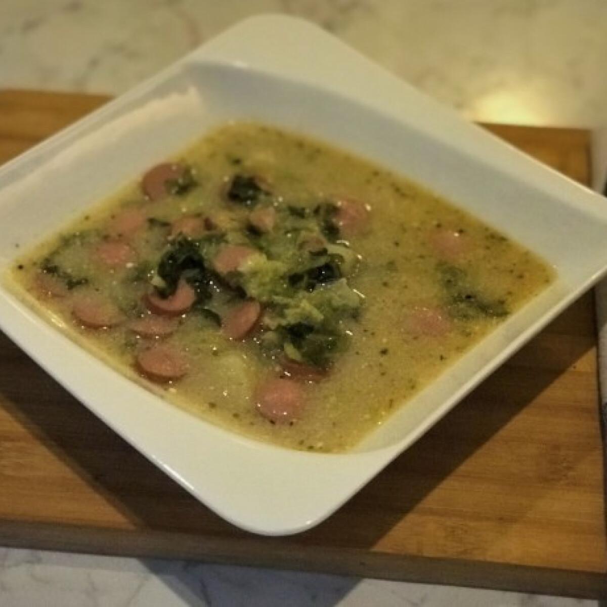 Ezen a képen: Frankfurti leves Juhász István konyhájából