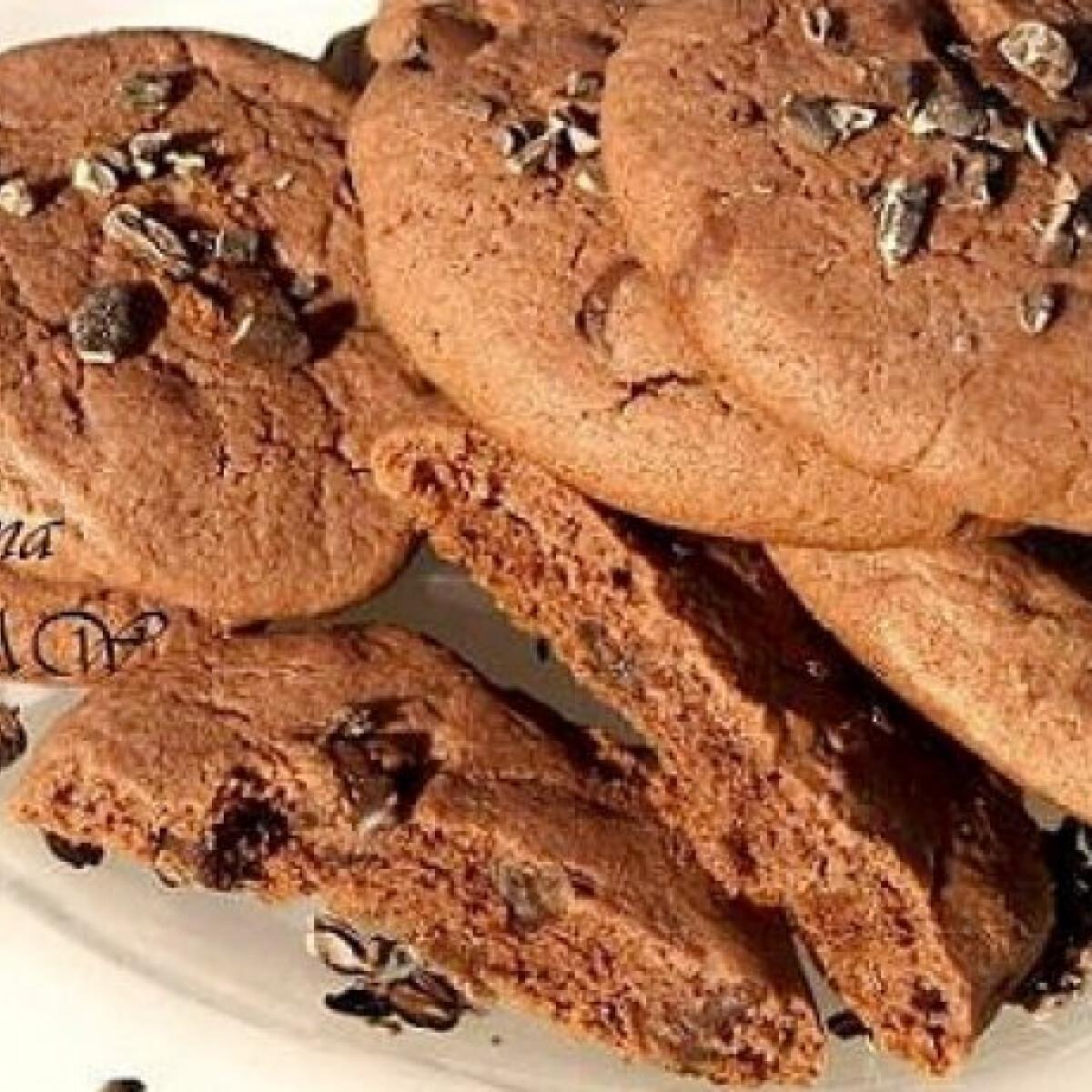 Sokáig puha csokis cookie