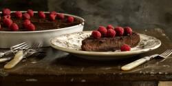 Tonkababos-csokoládés pite málnával