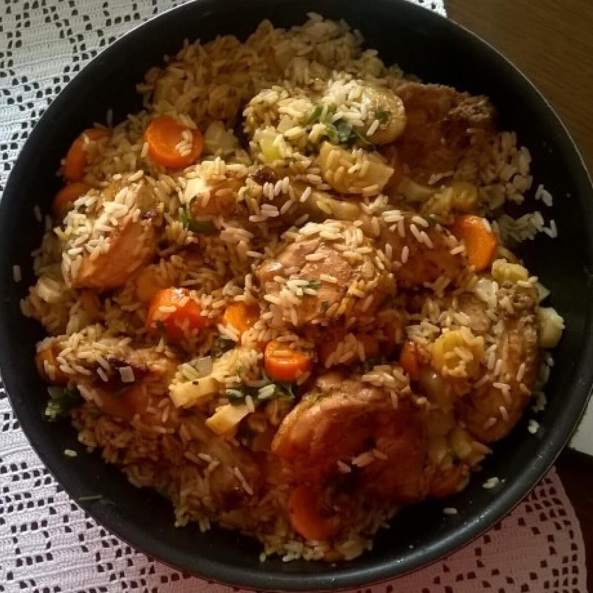 Rizses-zöldséges csirke