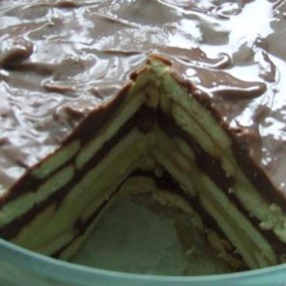 Rakott pudingos-kekszes desszert