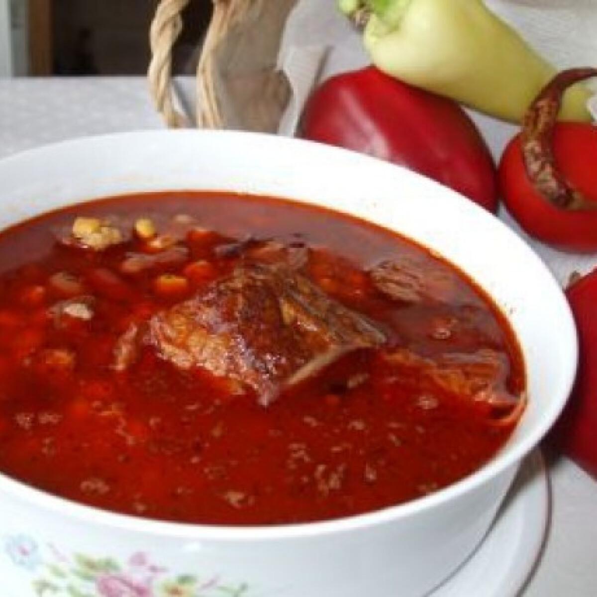Ezen a képen: Mexikói tüzes leves