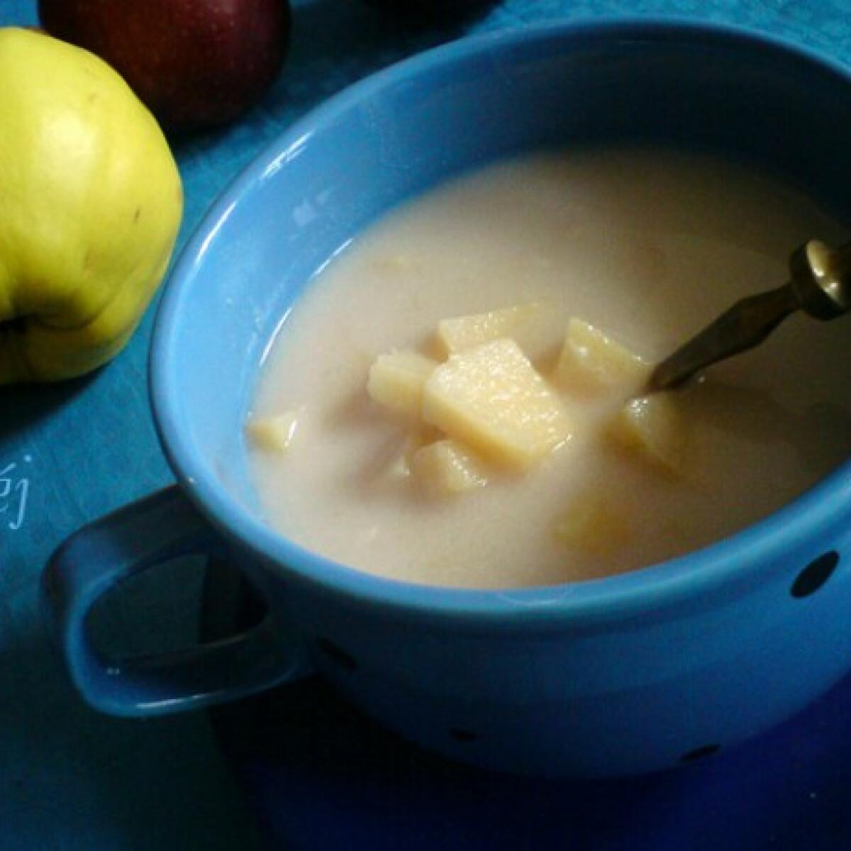 Ezen a képen: Birsalmaleves mandarinnal