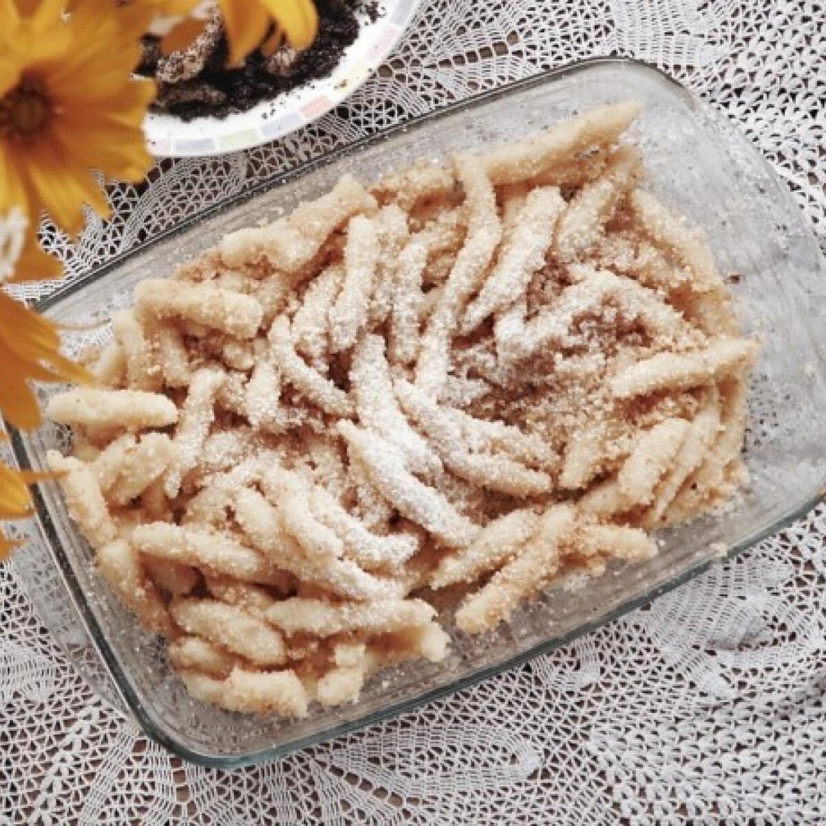 Ezen a képen: Egyszerű krumplis nudli Marika néni konyhájából