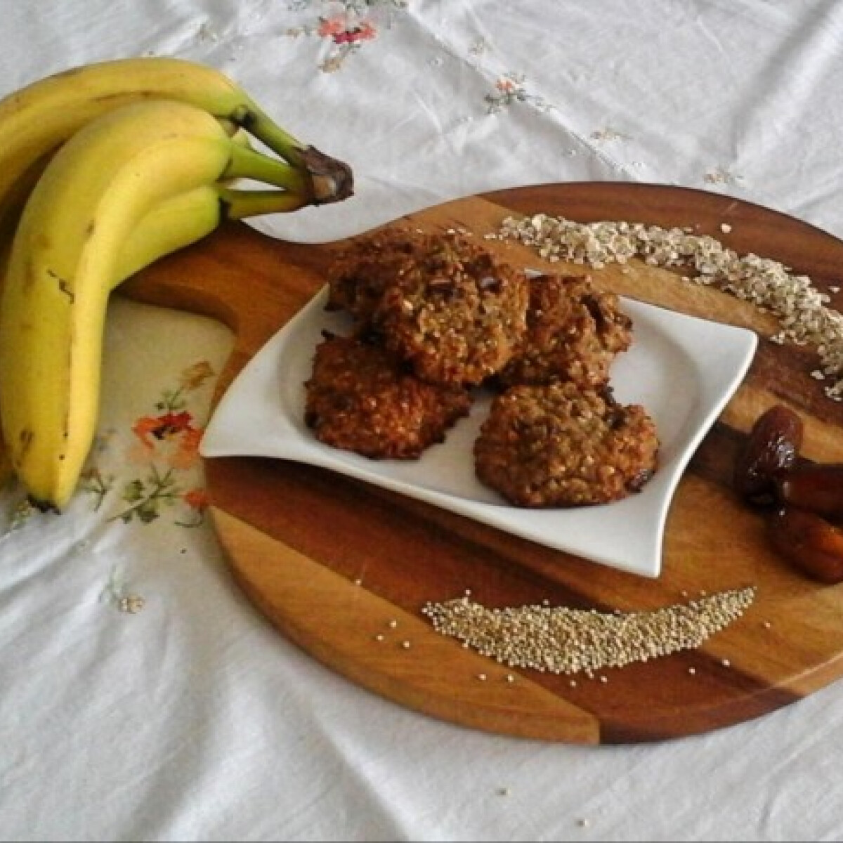 Banán-quinoa cookie