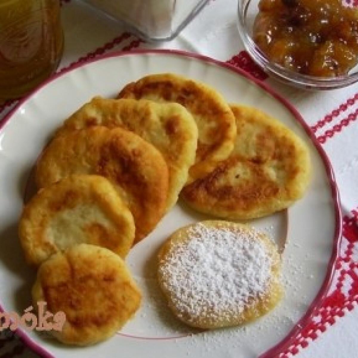 Ezen a képen: Dédikénk tapsikolt pogácsája - Krumplis pogácsa 8.