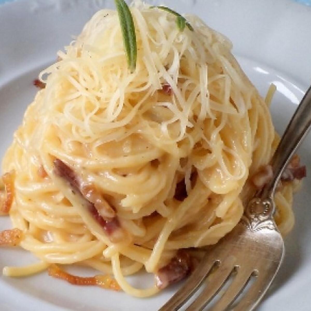 Ezen a képen: Spagetti carbonara Tündér konyhájából