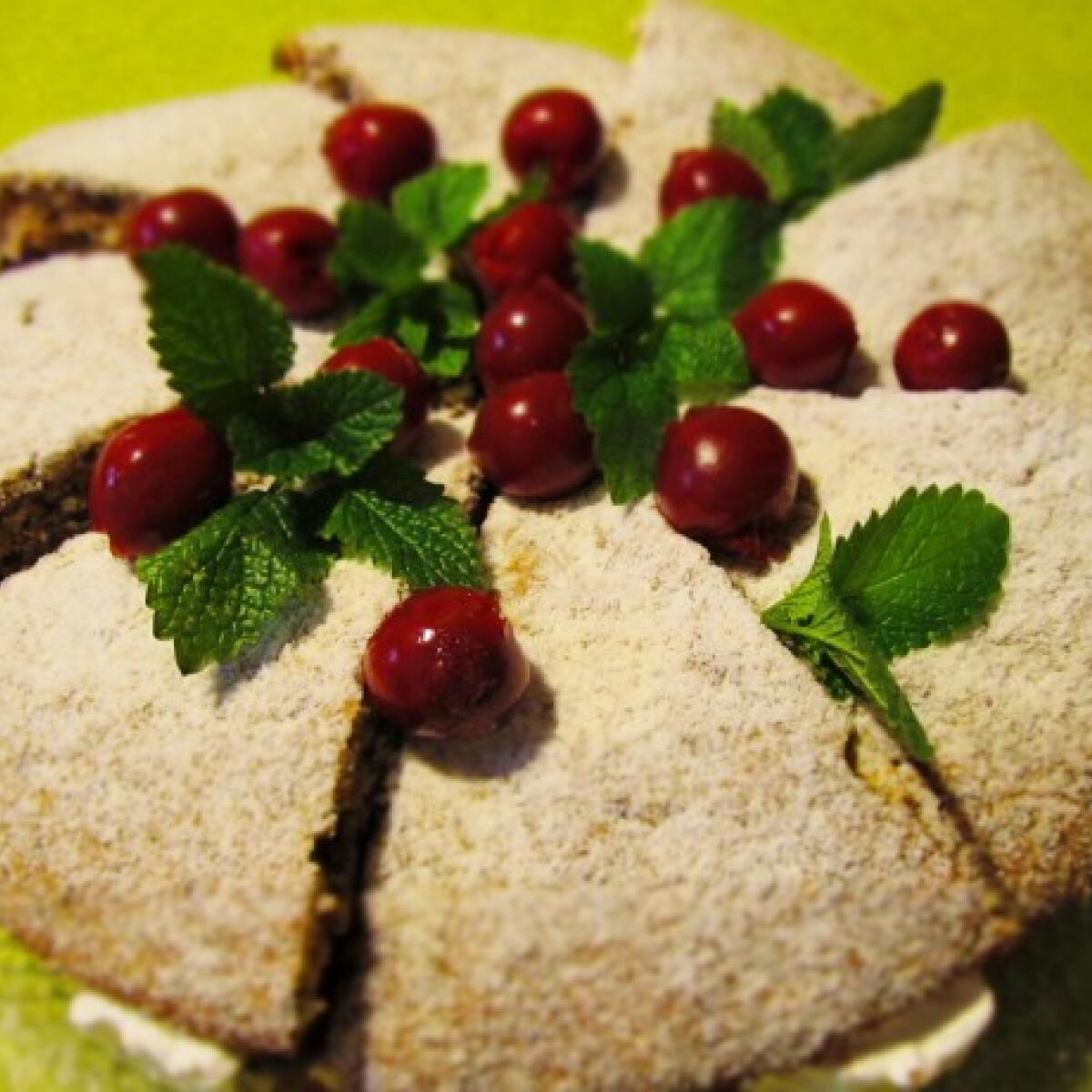 Meggyes-pudingkrémes torta