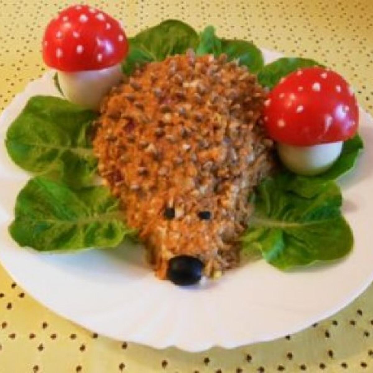 Ezen a képen: Töpörtyűkrémes süni