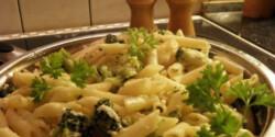 Brokkolis-túrós tészta