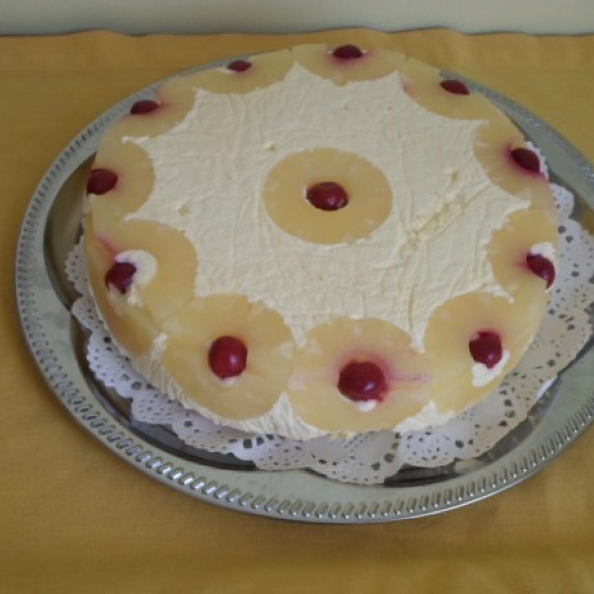 Sütés nélküli ananászos torta