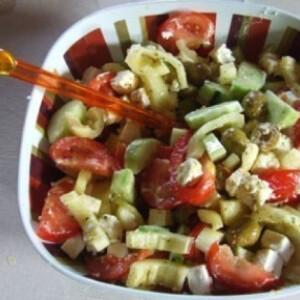 Mediterrán saláta 4.