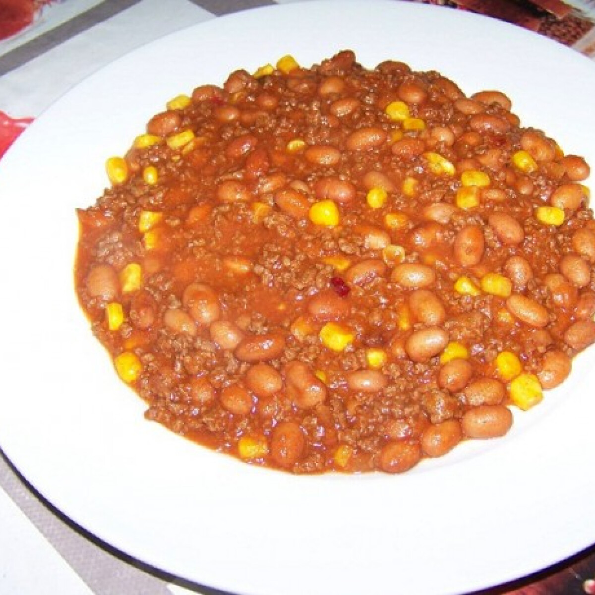 Ezen a képen: Tarkababos chilis bab