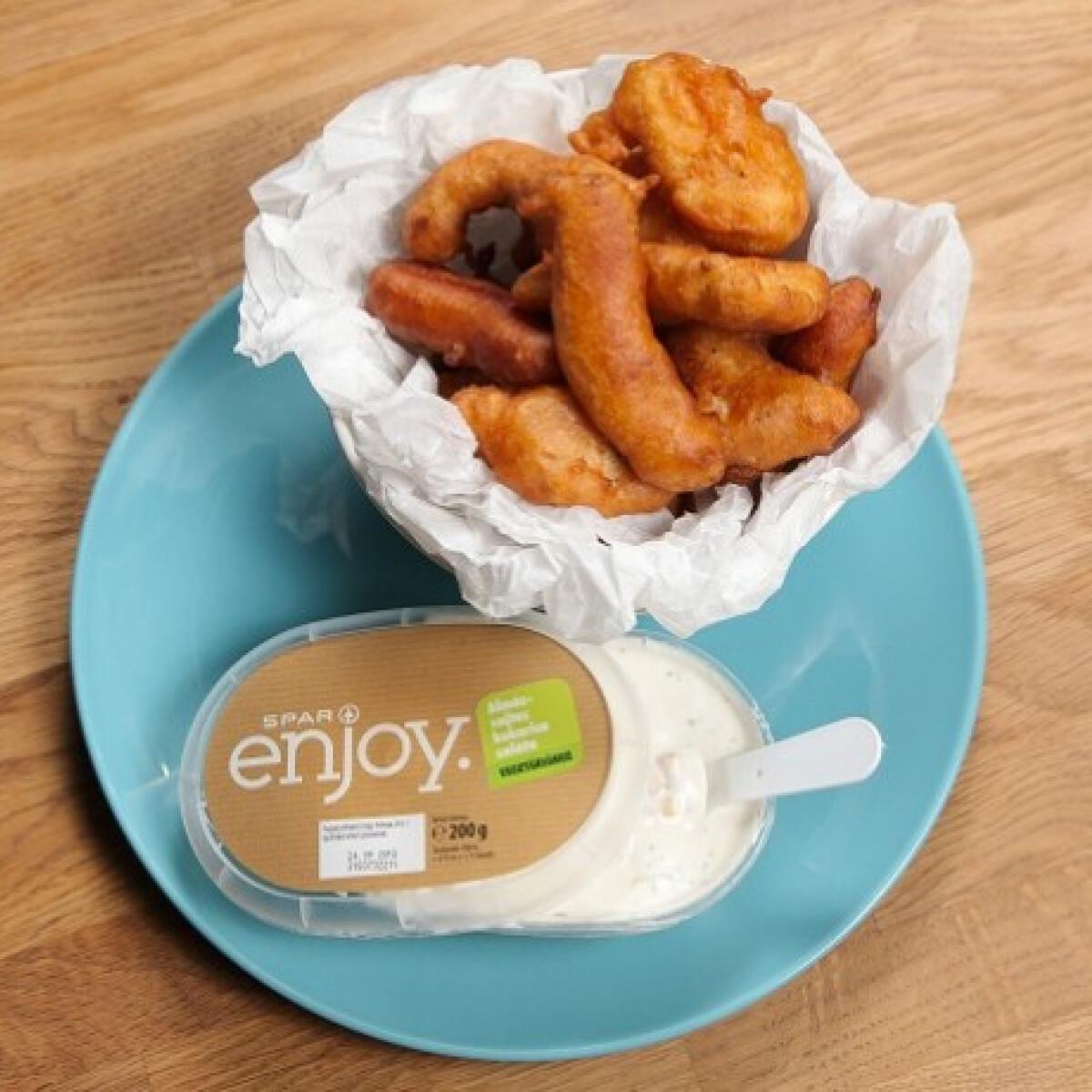 Ezen a képen: Sörtésztás pulykamell SPAR enjoy. almás-sajtos kukoricasalátával