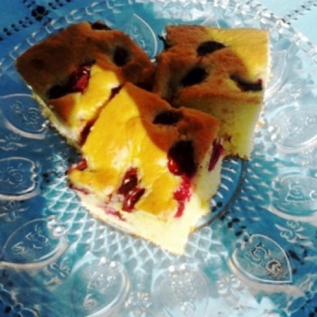 Ezen a képen: Poharas gyümölcsös MandyBaby konyhájából