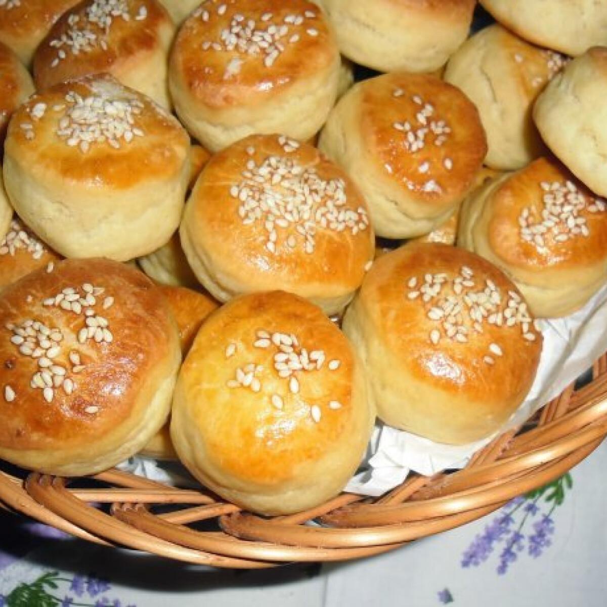 Burgonyás-vajas pogácsa Mandulától