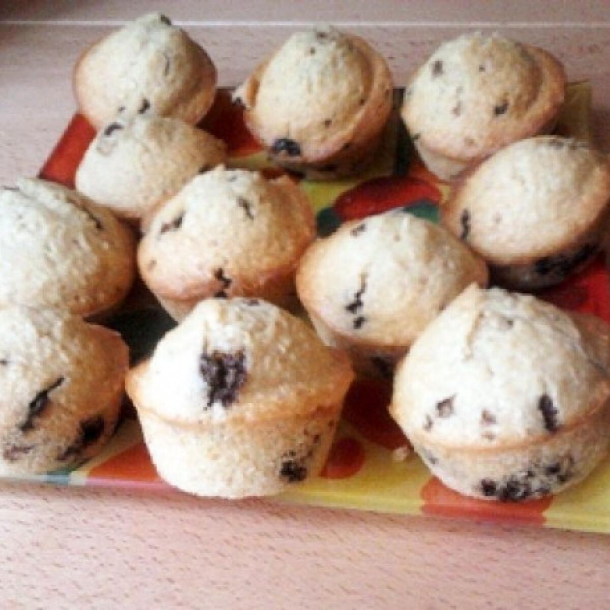 Ezen a képen: Dupla kókuszos-csokis muffin