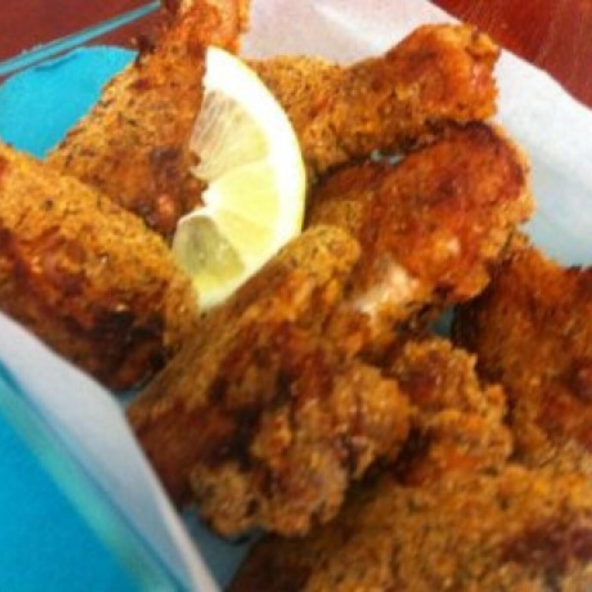 Ezen a képen: Fűszeres rántott csirke tepsiben sütve
