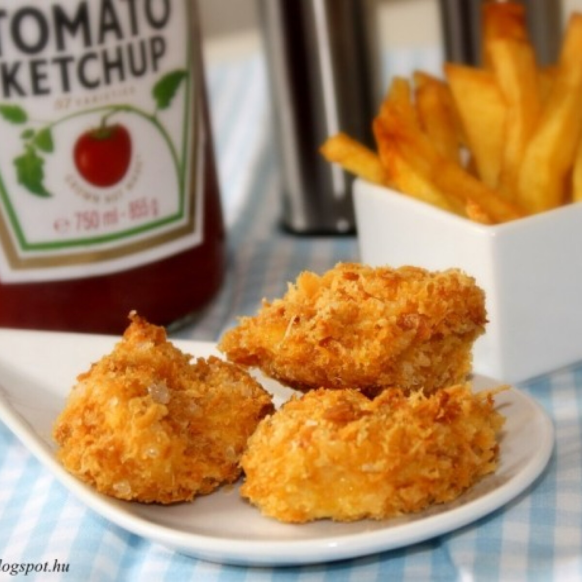 Ezen a képen: Panko chicken nuggets