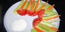 Mártogatós zöldségtál